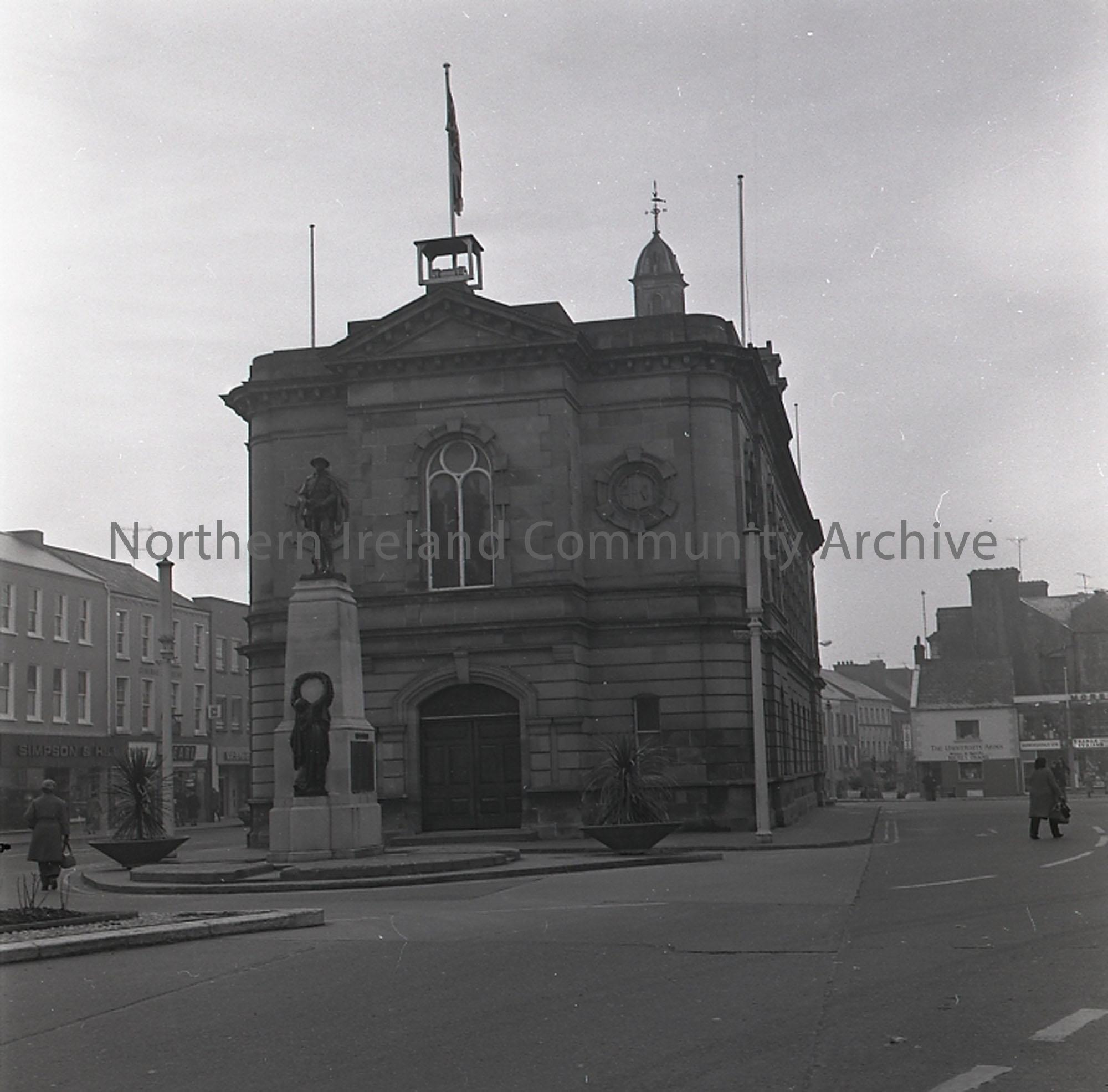 Coleraine Town Hall (1603)