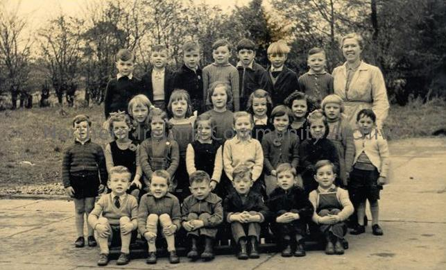 Dungiven Primary School Class Photo 1953