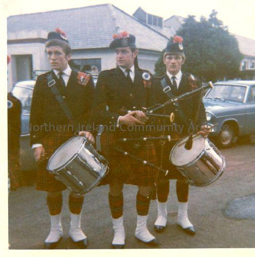 Greenhill Pipe Band, Ballymoney. Three members of Dervock Pipe band went with them on a Sunday service and had to wear the kilts. (2365)