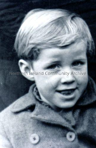 Hugh McCaw, ages eight, as he went to America (5890)