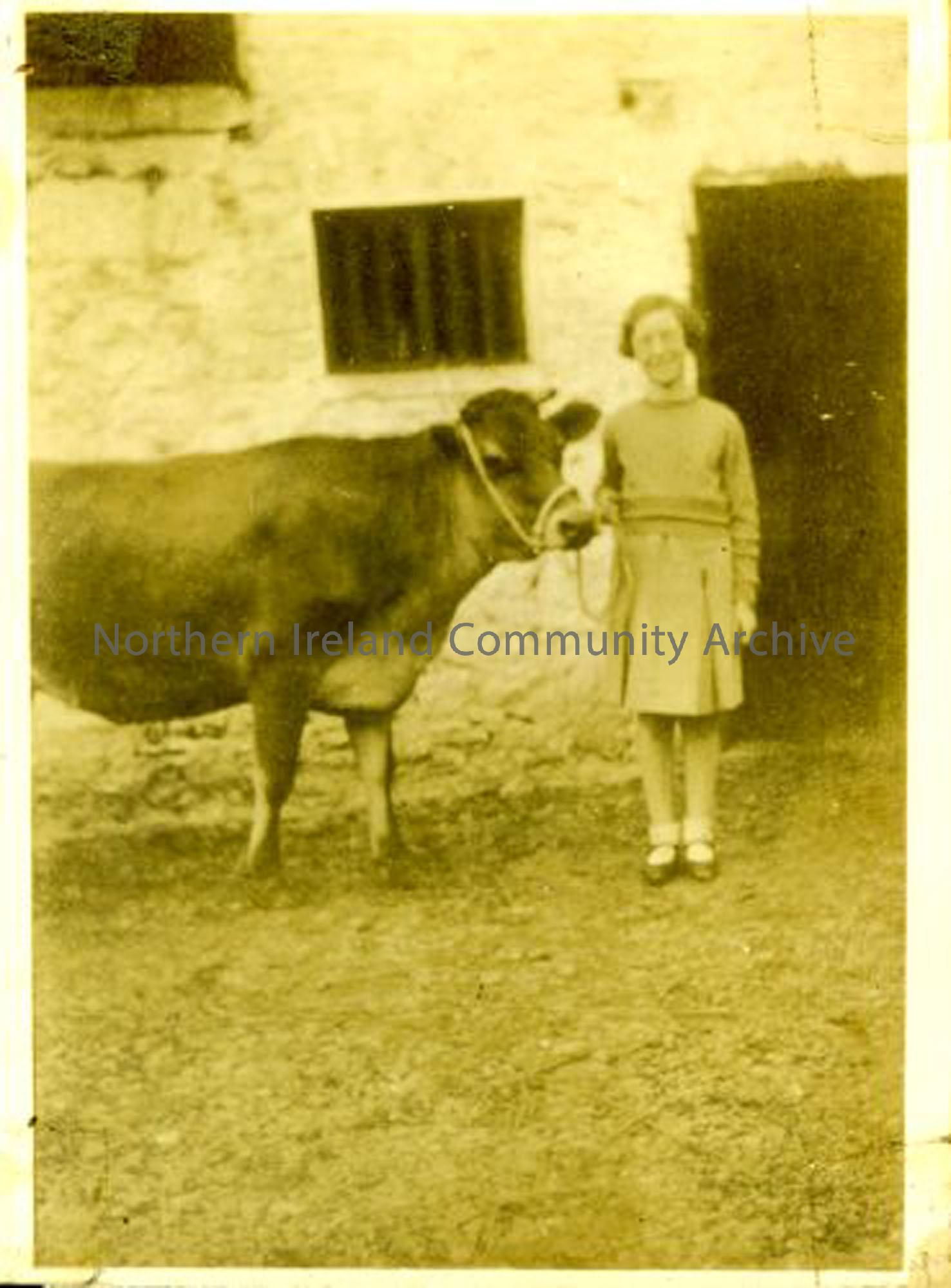 Stasia McErlain (now O'Loan). The McErlains were rabbit and poultry dealers whose house and business stood where the Castle Community Association building is now. (2244)